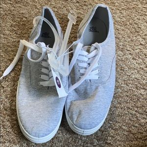 Wild fable grey lace up sneakers